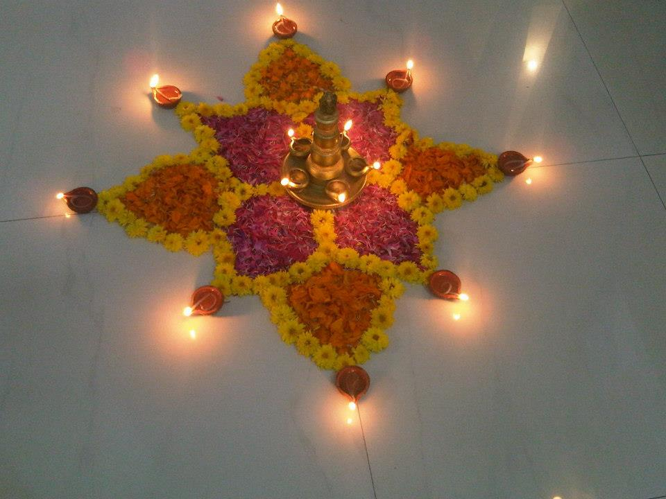 Diwali diya pooja thali rangoli decoration ideas pictures for Home decorations ideas for diwali