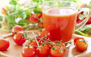 Jus Tomat bisa Turunkan Berat Badan