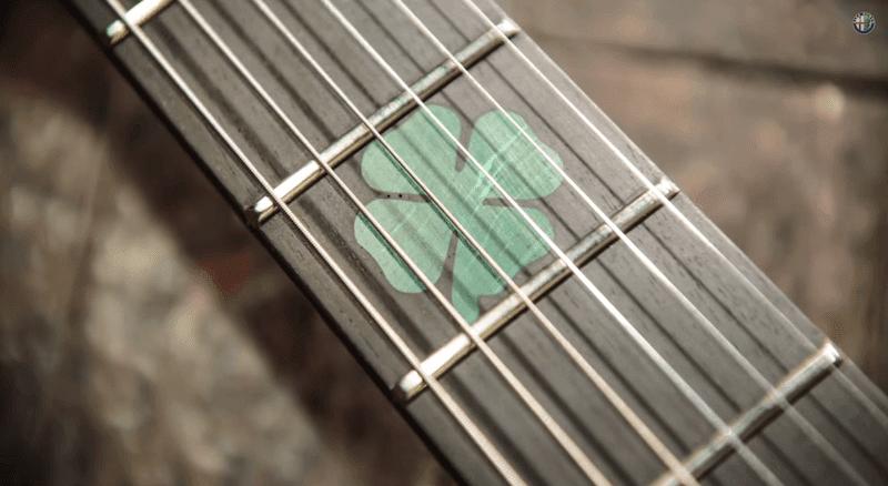 ザ・アルファロメオ・ギター