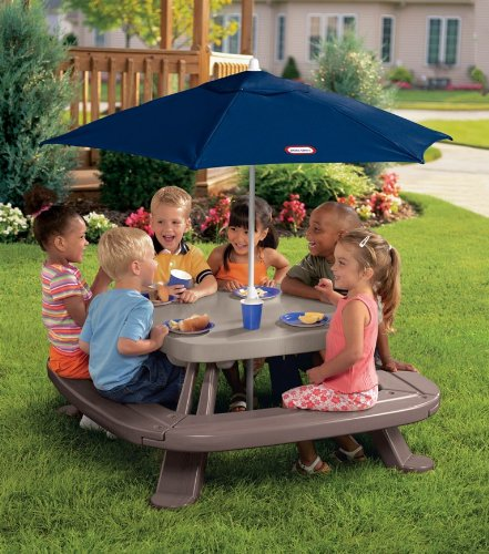 Little Tikes Fold 'n Store Table with Market Umbrella, Image