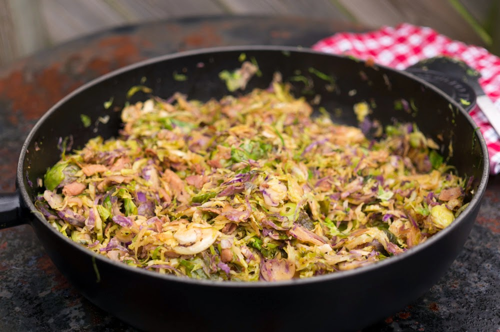 strimlad brysselkål med bacon