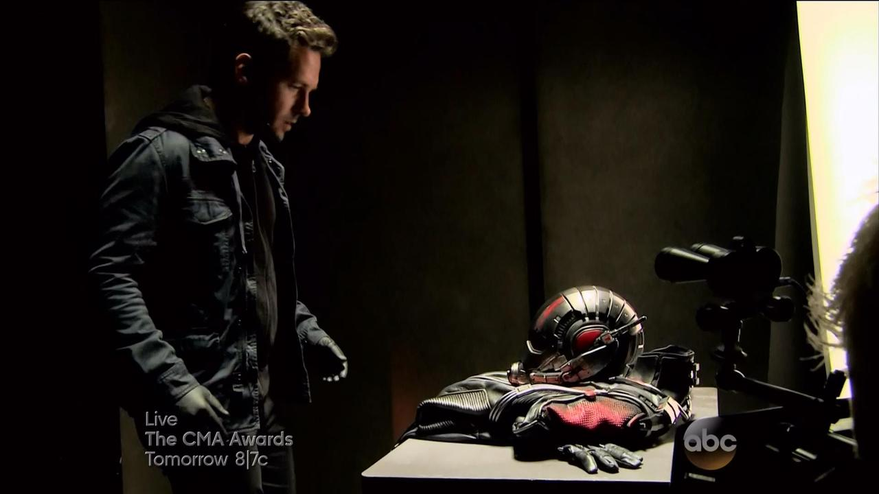 ANT-MAN (ENGLISH MOVIE)