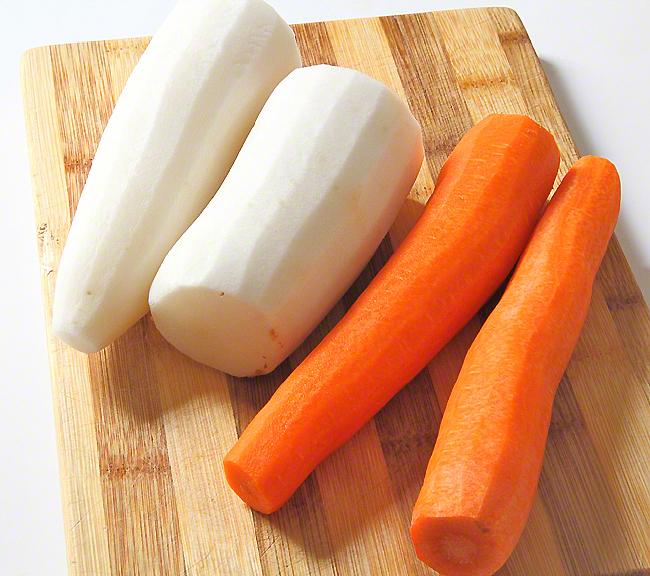 Дайкон маринованный с морковью по-вьетнамски  www.horoshayaeda.com