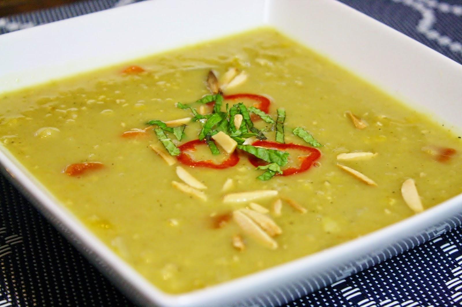 http://www.eatprayjuice.us/2015/03/slow-cooker-coconut-curry-lentil-soup.html
