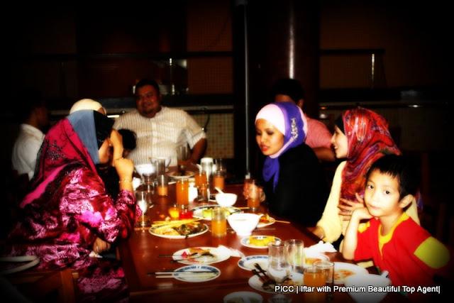 Majlis Iftar di PICC bersama rakan kongsi GLG dalam Premium Beautiful Corset business sharing ideas with hanis