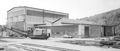 Free plans to scratch-build a model of Monongahela Railroad erecting and machine shops