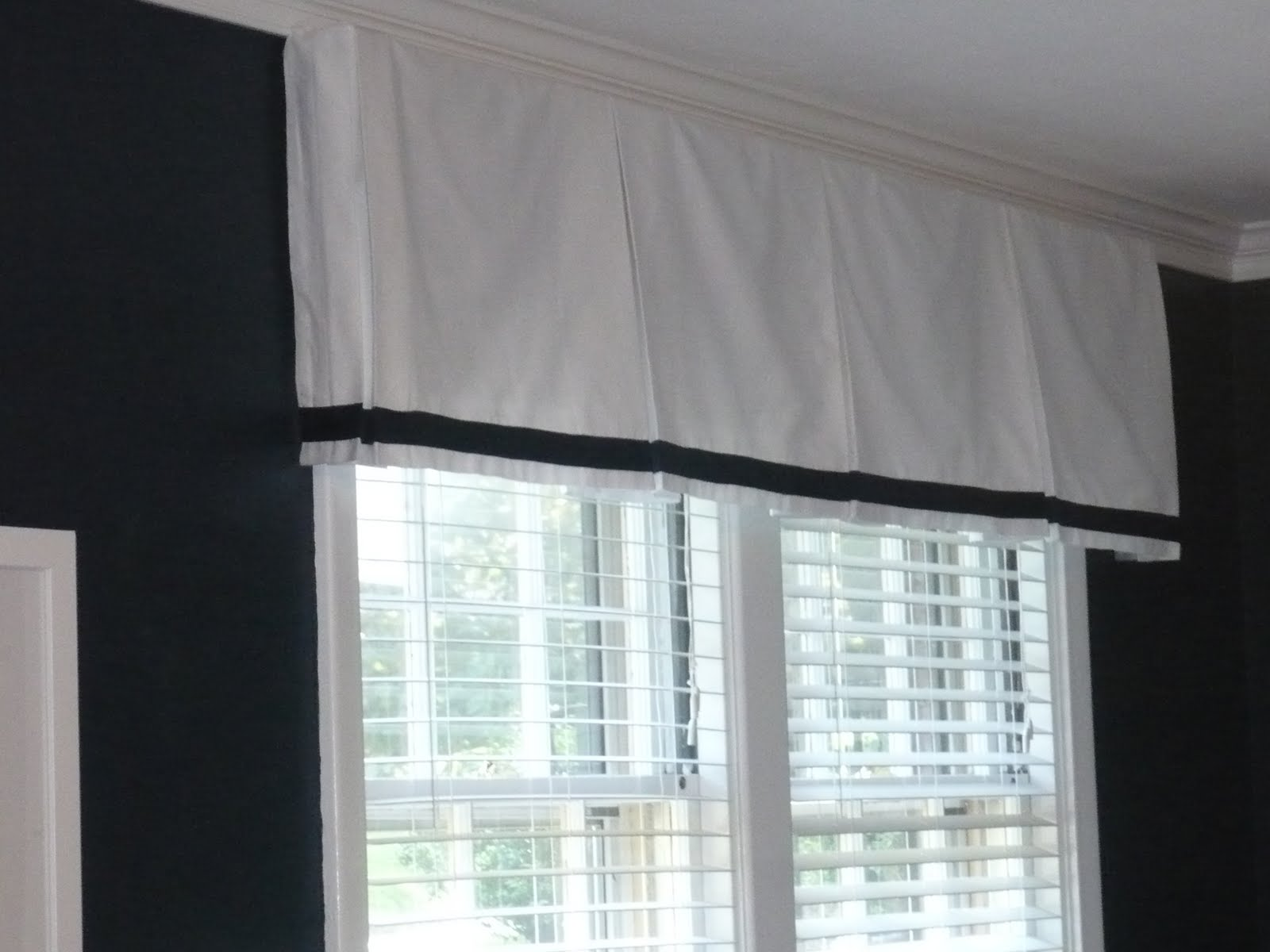 5 Panel Window : Westhampton diy easy box pleat valances convert a