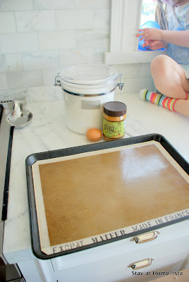 silpat baking mat for non-stick cookies