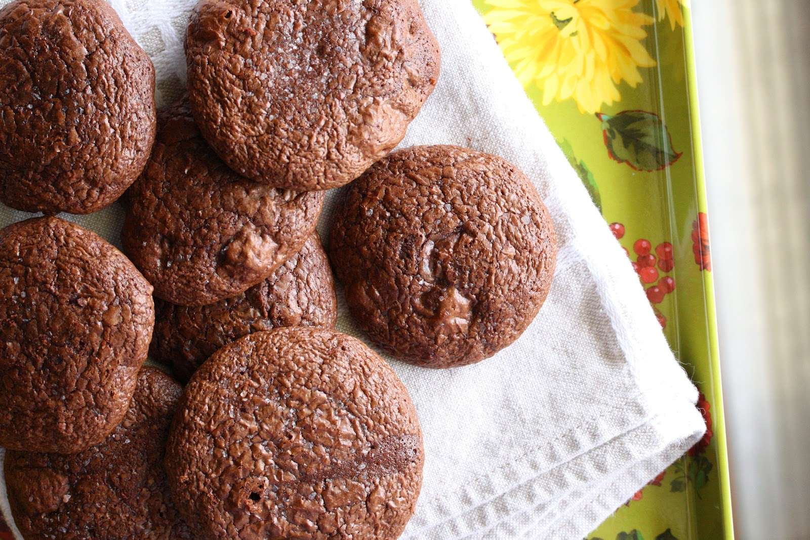 Chocolate Truffle Cookies with Sea Salt (Gluten free ...