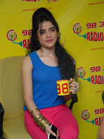 Piaa, Bajpai, Latest, Photos, at, Radio, Mirchi,