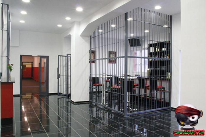 بالصور سجن النساء في ألمانيا Domain-700b937b97