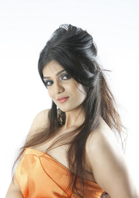 Siya Gowtham Hot Photo Gallery