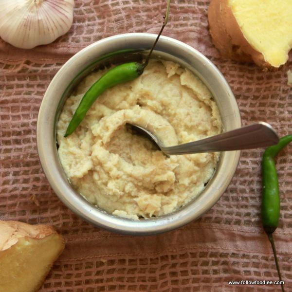 homemade ginger garlic paste method take ginger and garlic in 1 1 ...