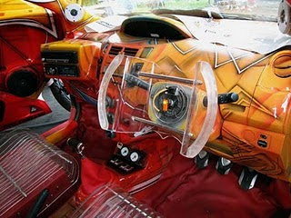 Toyota-Yaris-With-Airbrush-Dashboard