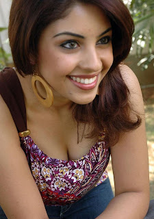 Actress Richa Gangopadhyay photo