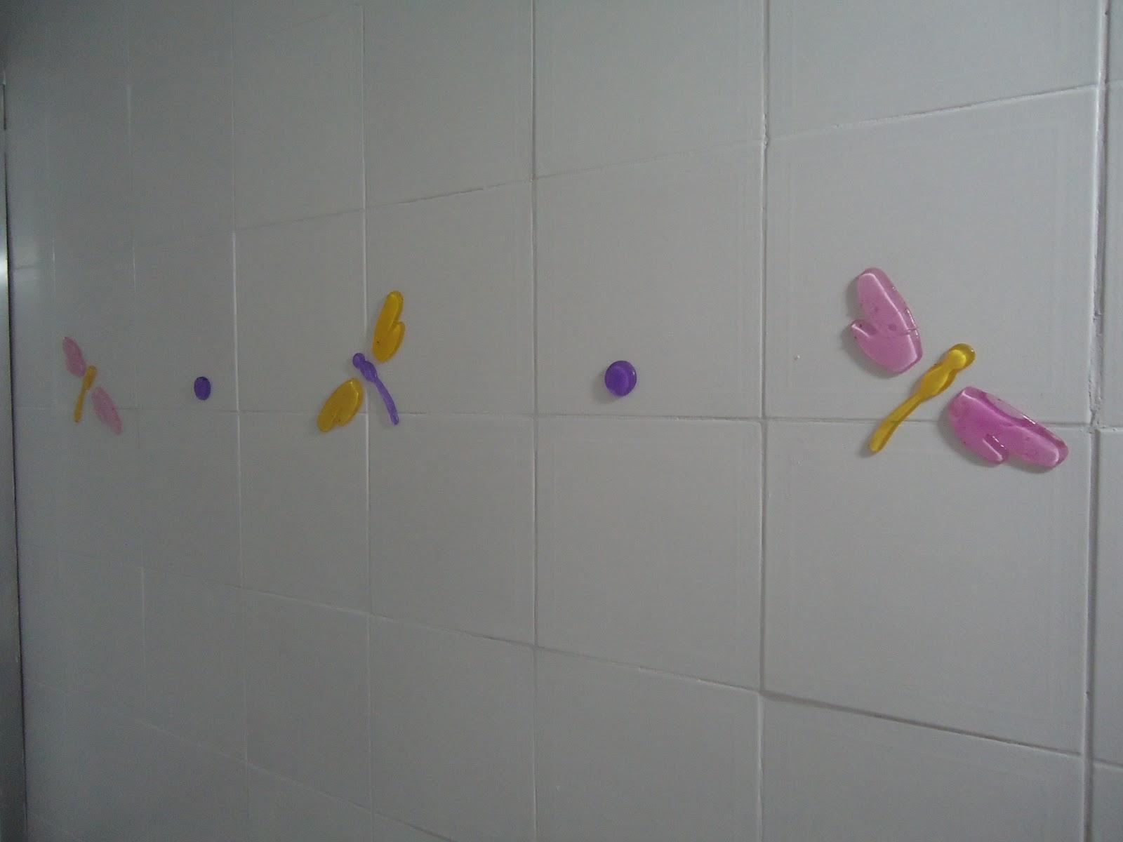 Ah! Esqueci de comentar que o azulejo era na cor bege assim só  #856B27 1600x1200 Banheiro Azulejo Ou Tinta