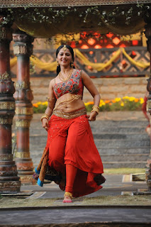 Anushka Shetty Exclusive Pictures from movie Rudramadevi Must See
