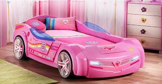 Pembe arabal%C4%B1 yatak modeli 550x287 Arabalı yatak modelleri