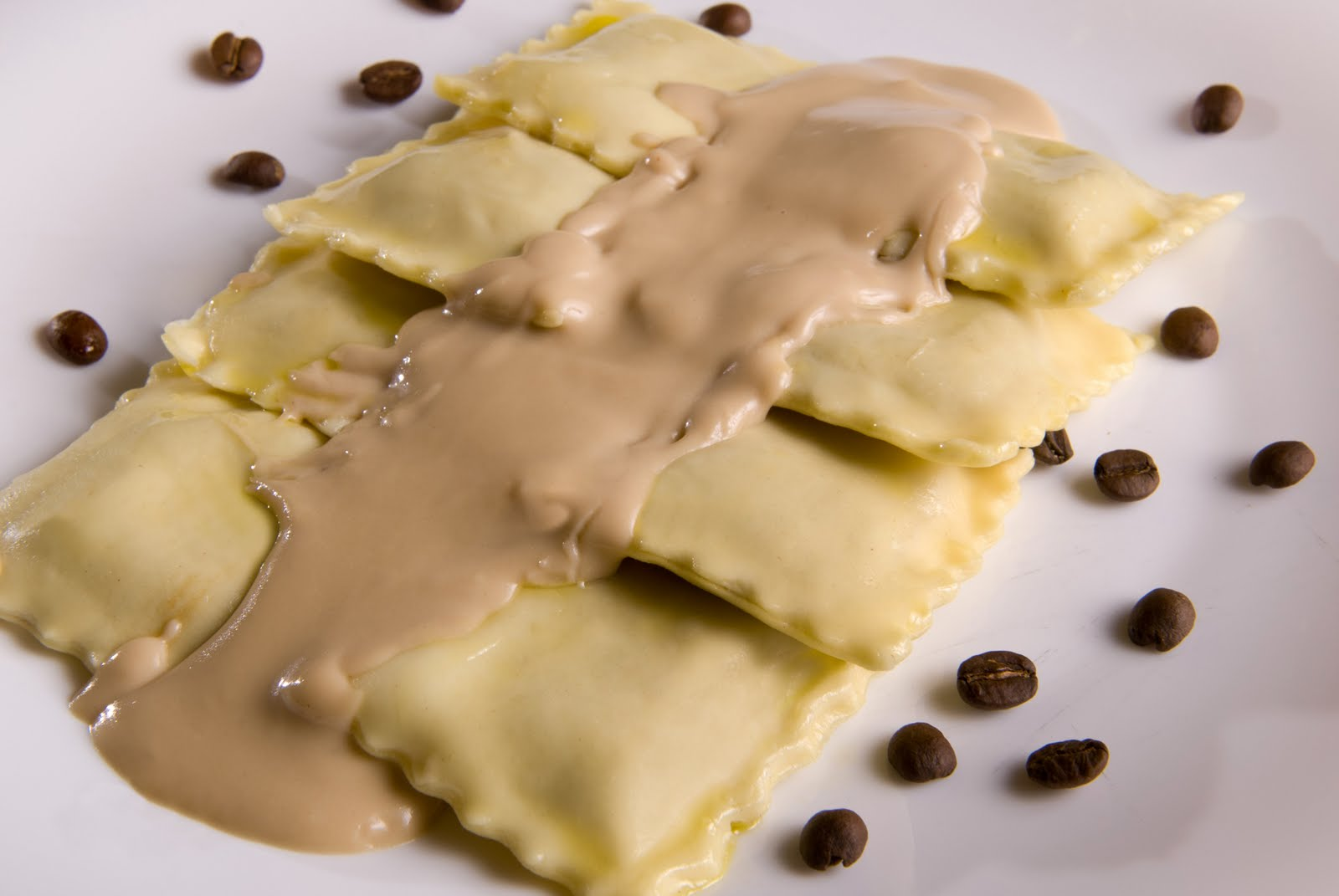 banana pizza ravioli Fresh pizza, pasta & sauces  fried chocolate-banana ravioli 2013-08-06 https:  (180°c) gently slide a few of the ravioli.