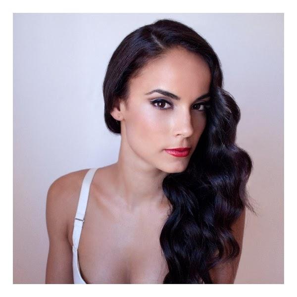SARA HERNANDEZ MODELO