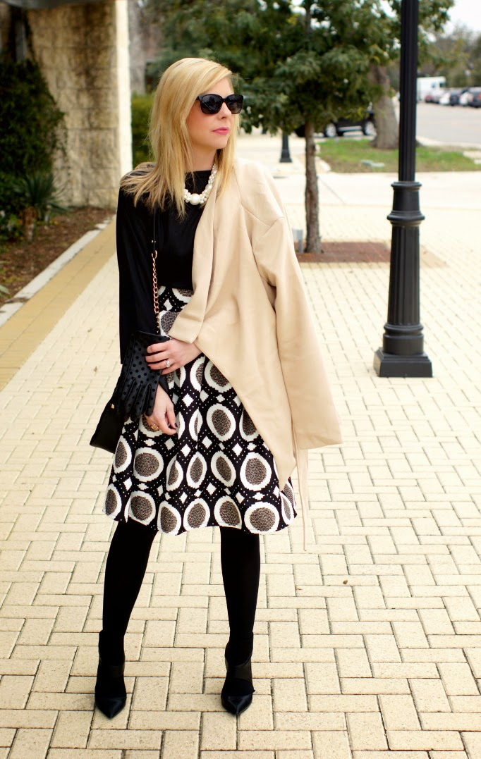 Geometric Circle Pattern Midi Flair Skirt