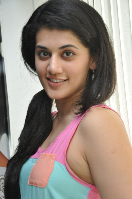 tapsee new actress pics