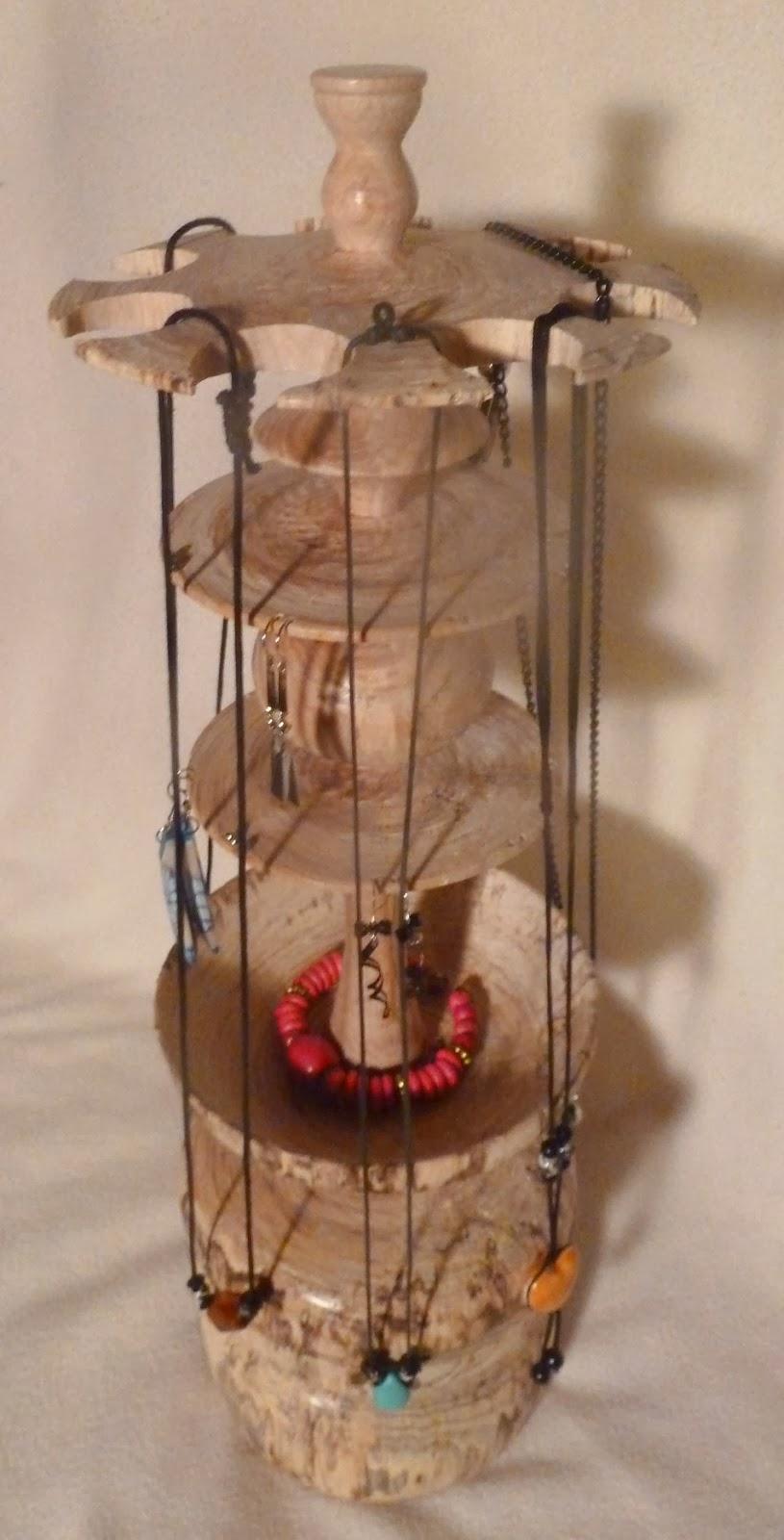Bois tourn sculpt et bois flott - Arbre a bijoux en bois ...