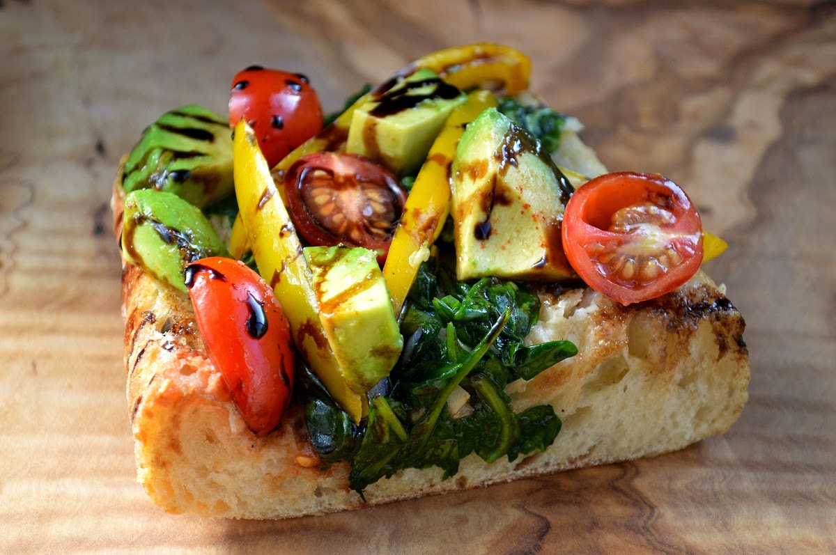 Garlic Bread with Spinach Avocados Garlic and Tomatoes