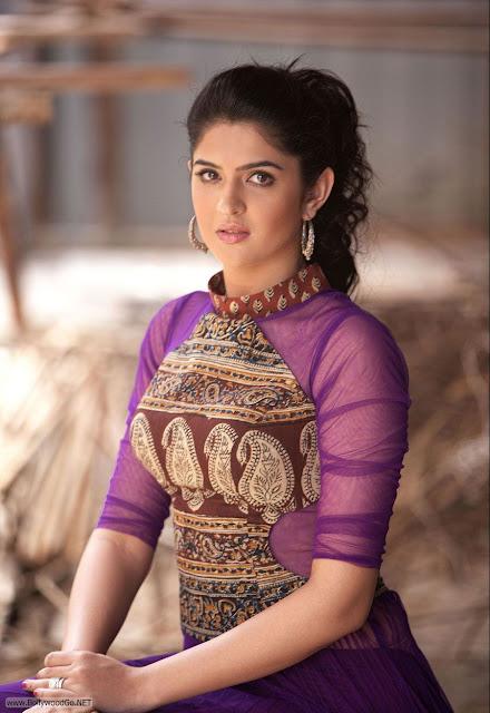 Deeksha+Seth+portfolio+(12)