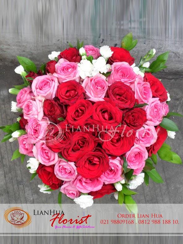 Hadiah Kejutan di Jam Kerja untuk Pacar, toko bunga di jakarta utara, henbuket bunga mawar, bunga mawar merah ulang tahun