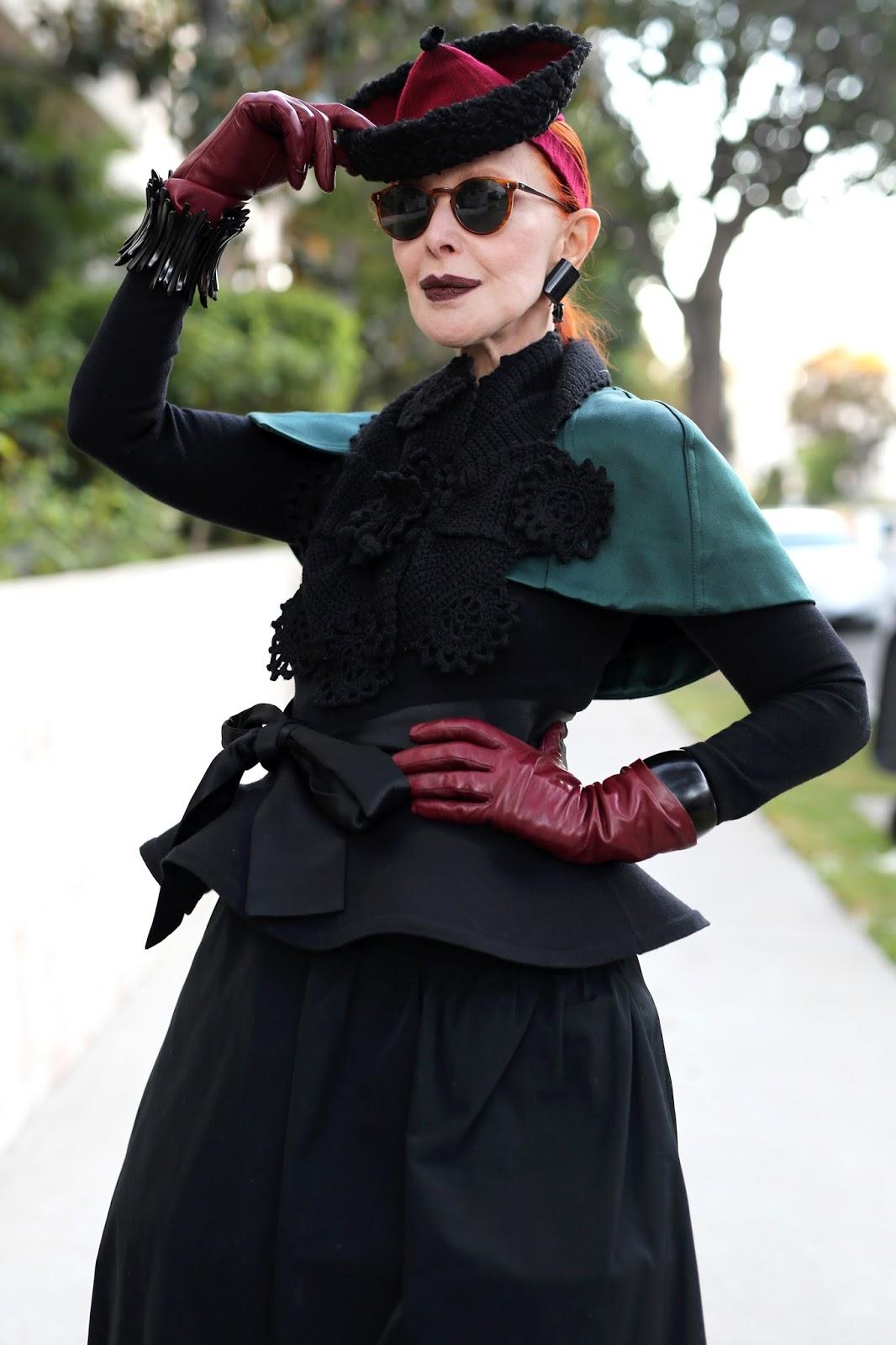 Streetstyle cực chất của những fashionista bô lão ảnh 1