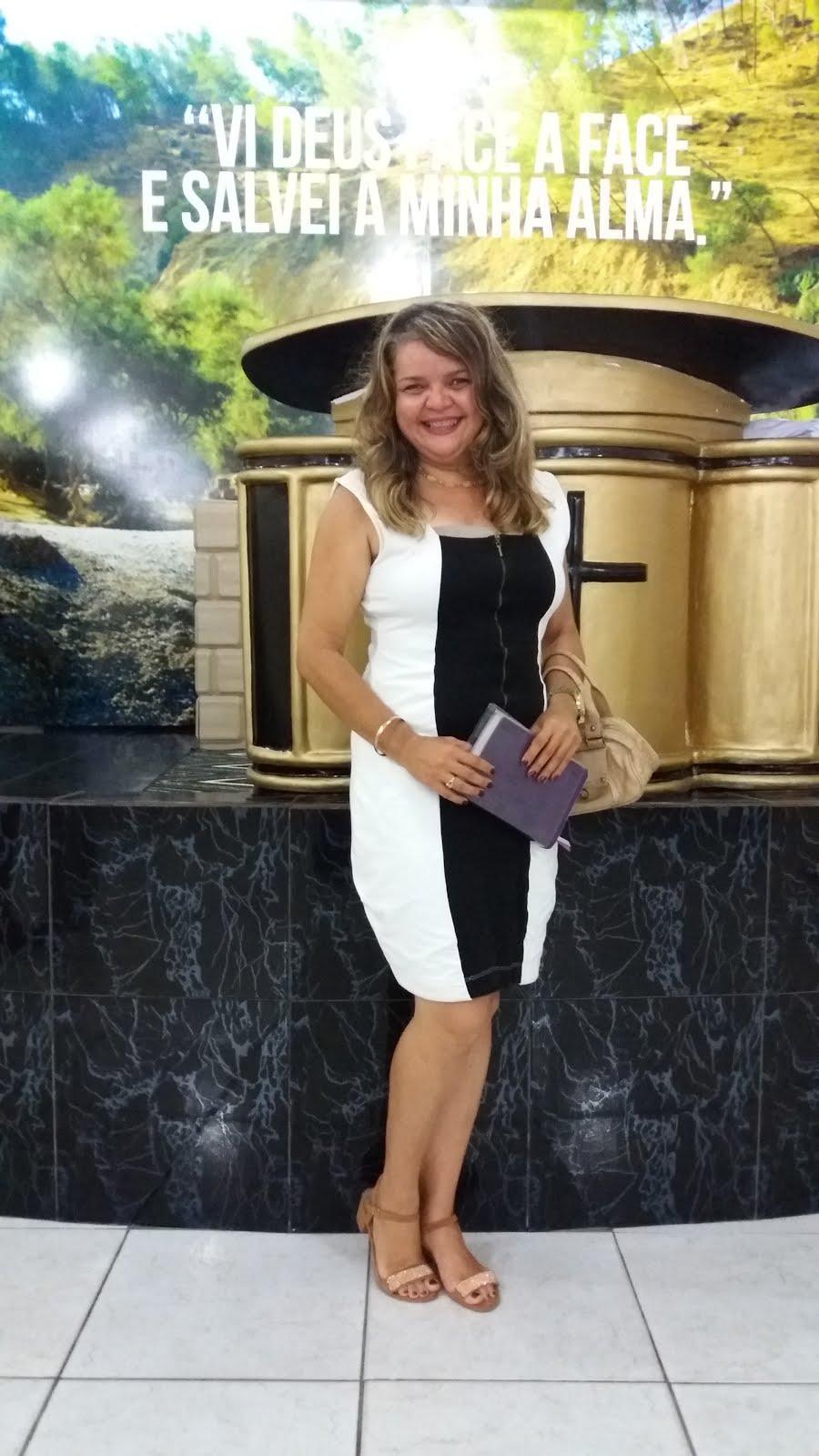 JAQUELINA NASCIMENTO-ENFERMEIRA AUDITORA, JORNALISTA e ADVOGADA em construção