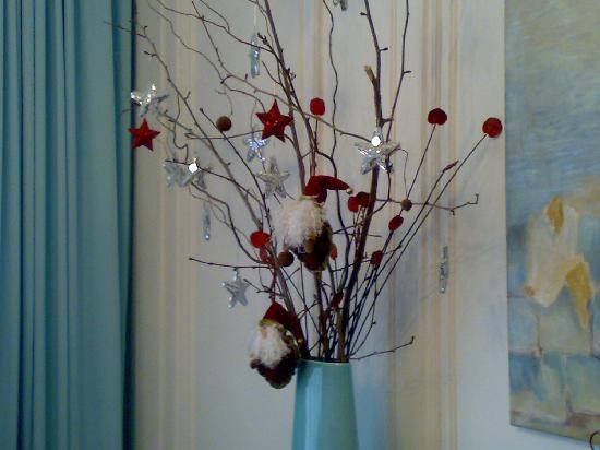 Decoracion Jarrones De Navidad ~ Decora los rincones  Un jarr?n, unas ramas secas y adornos pueden