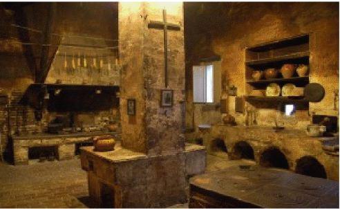 Historie medievali edifici nel medioevo - Finestre castelli medievali ...