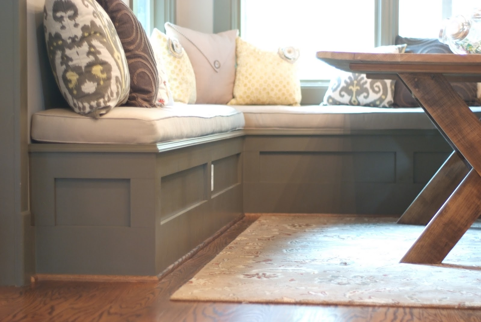 Breakfast Nook Bench Seating