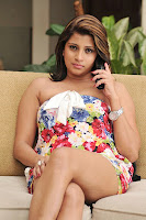Nadeesha, hemamali, hot, fleshy, thigh, show