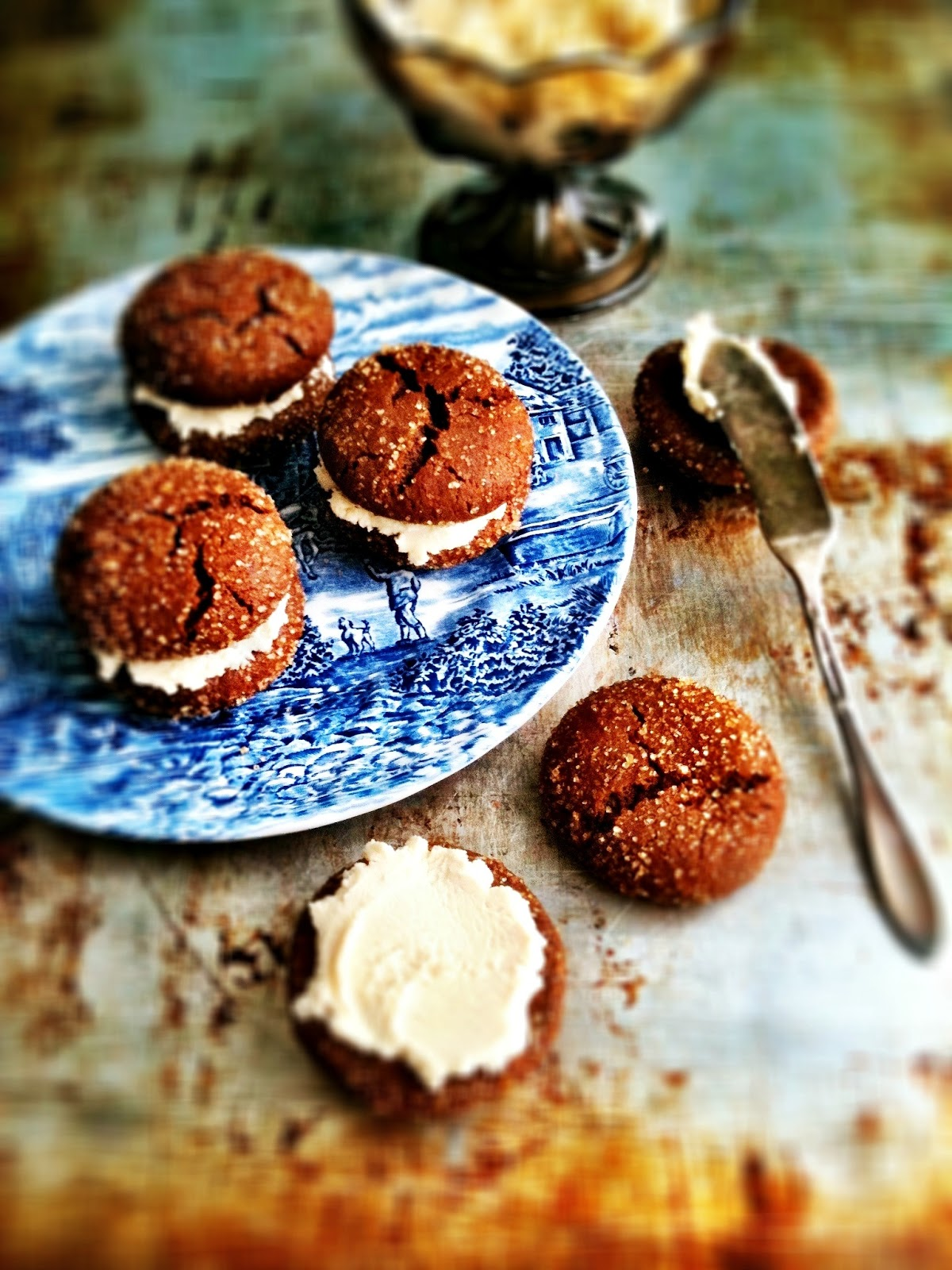 ... Sweet Tidings! Brown Butter Ginger Cookies with Honey Mascarpone Cream