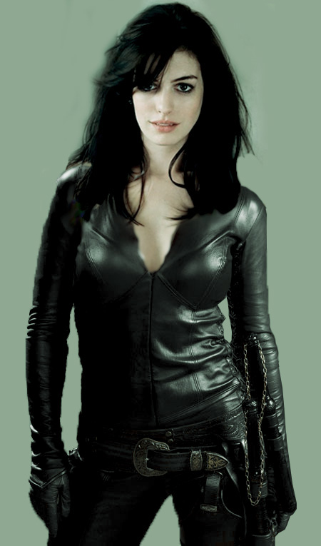 Anne Hathaway Catwoman Costume Ideas