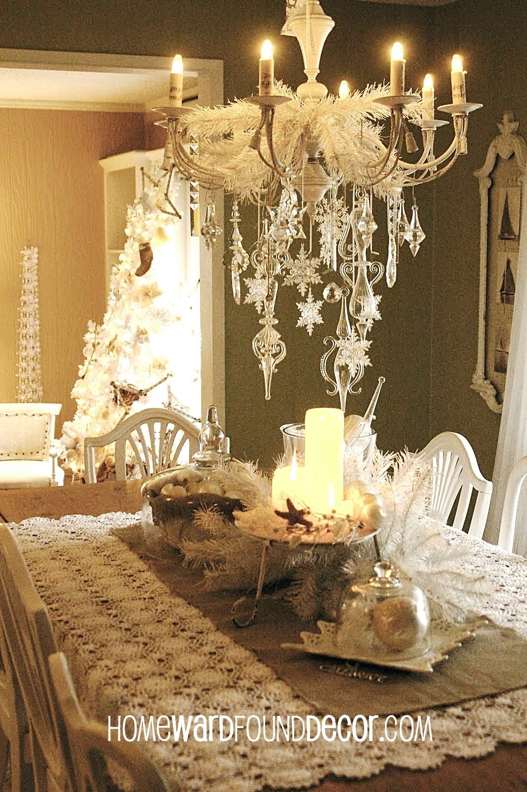 a Vintage White ChristmashomewardFOUNDdecor