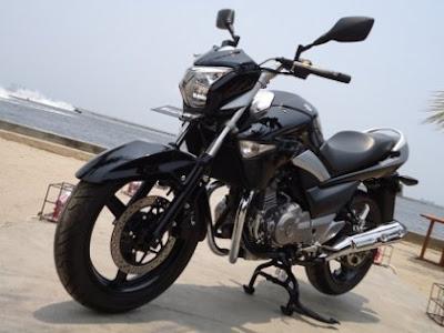 Galeri Foto Suzuki Inazuma 250 cc