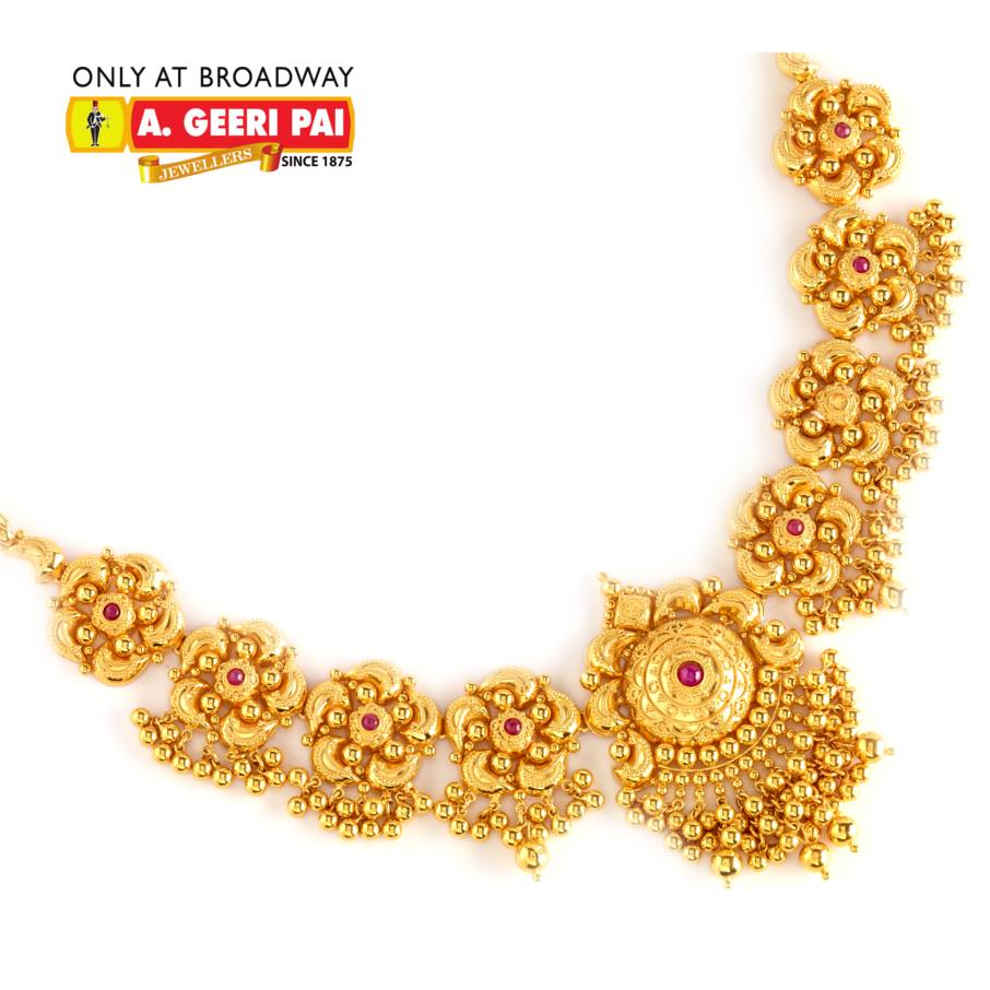 Beautiful short floral design 22 carat gold necklace from A.Geeri ...