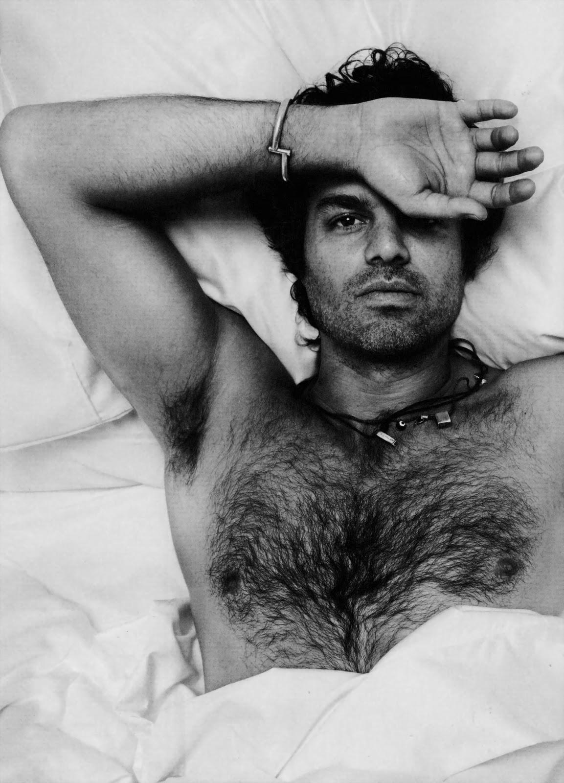 http://2.bp.blogspot.com/-PImx-AMFm7c/TzMT3Je0kDI/AAAAAAAAEio/2uUtjbtLiPk/s1600/Marc-Ruffalo-hot-hairy-sexy-male-actor-1.jpg
