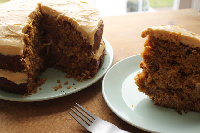 layer cake with caramel and cream cheese frosting pumpkin spice layer ...