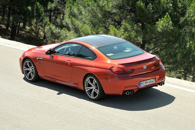 2013 BMW M6 Coupe Back Exterior Rear View