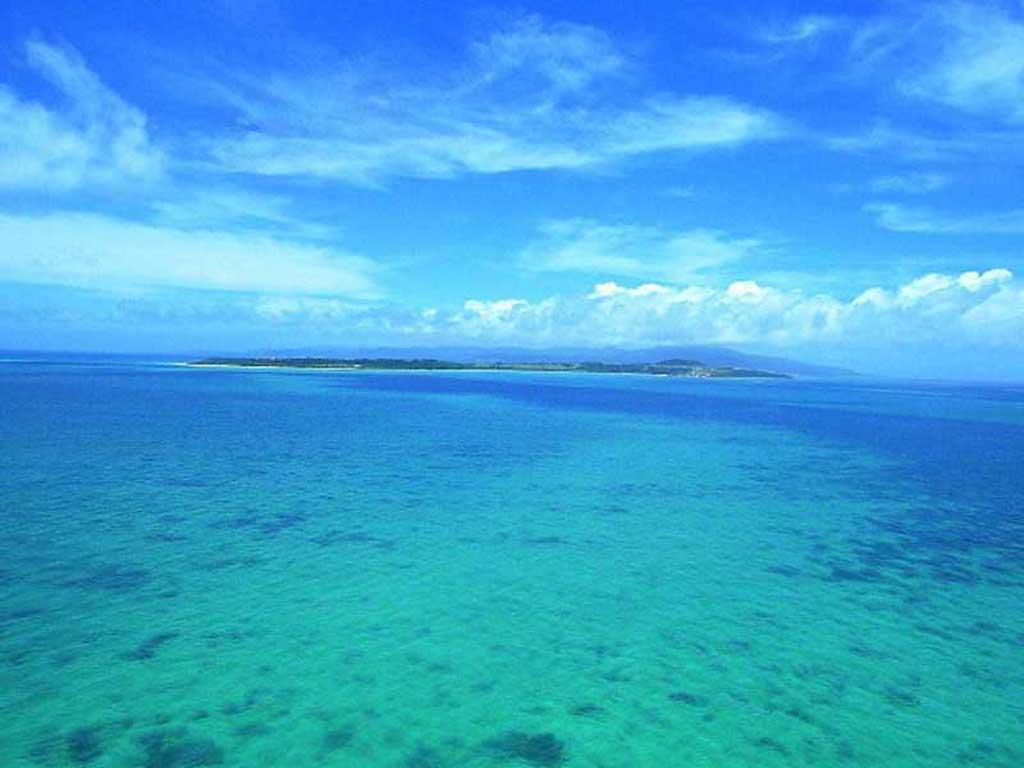 http://2.bp.blogspot.com/-PJBiHrgbWNo/T3r1BvUrXkI/AAAAAAAAEjA/e77tkP9bDrs/s1600/beach_and_sea_5.jpg