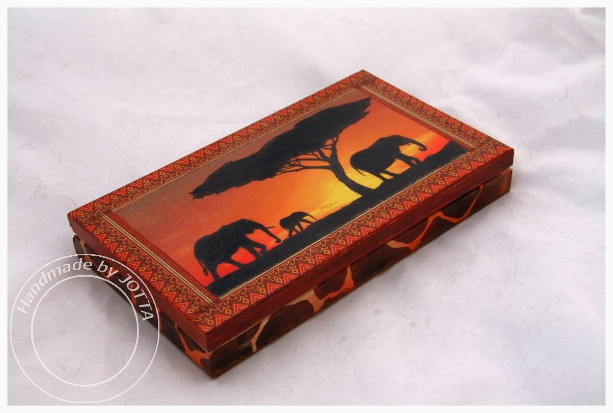 Afrykańska skrzynka na kolczyki