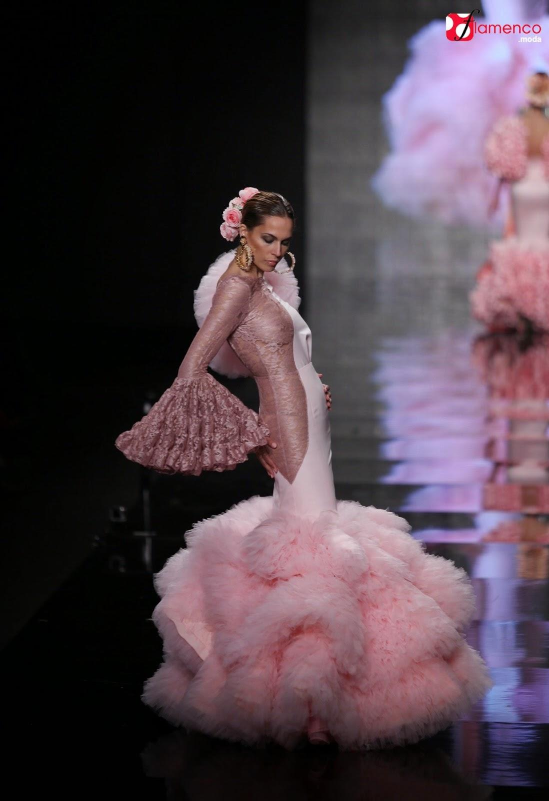 http://flamenco.moda/cristina-garcia-contigo-simof-2015/