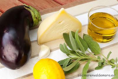 Ingredientes: berenjena, queso gallego de tetilla y salvia