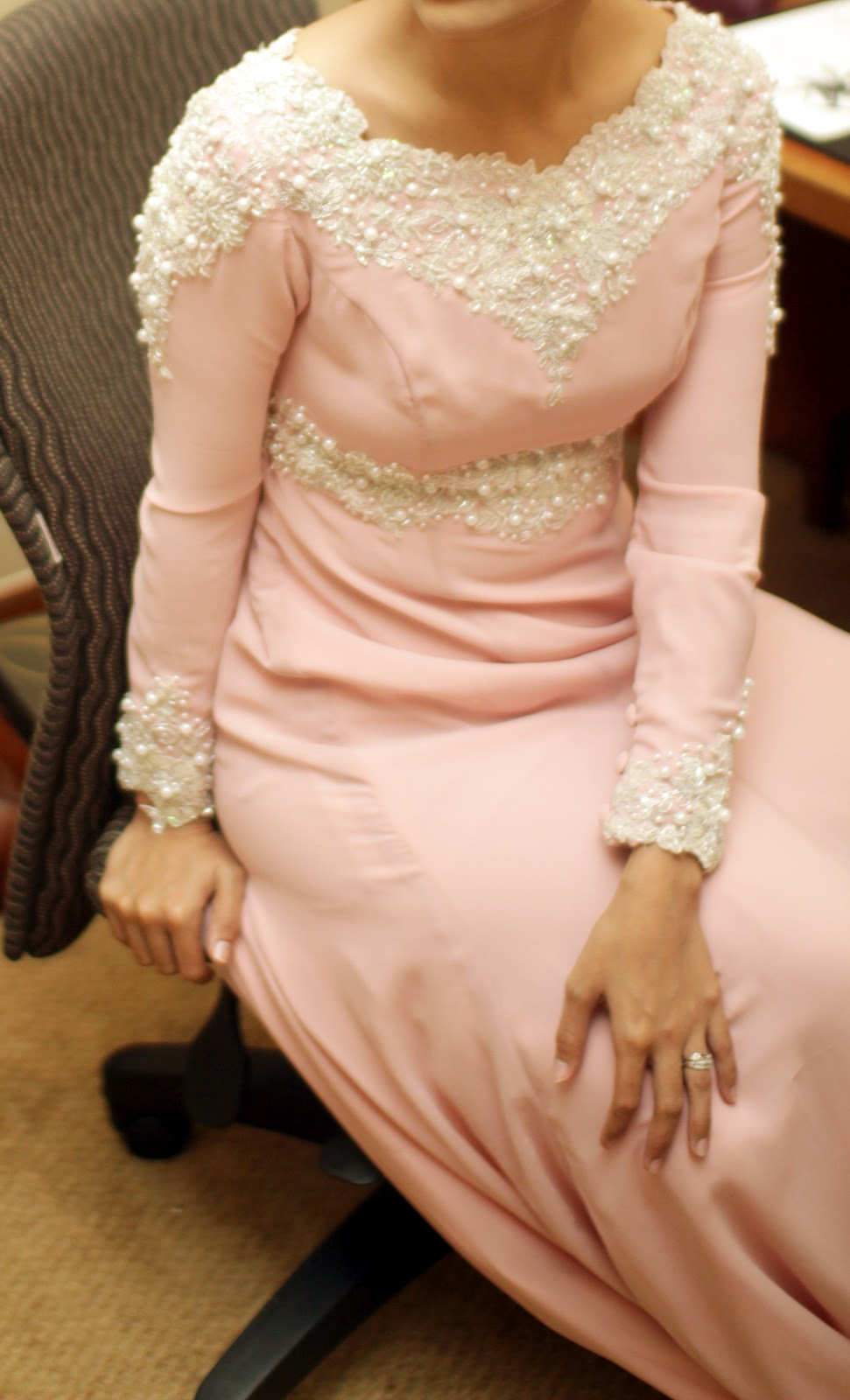 Pastel pink wedding dress from lagenda