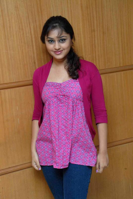 Actress Ramya Barna Gallery hot images